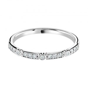Rubover and Grain Set Diamond Wedding Ring